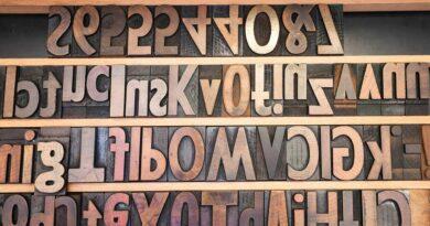 Litery Alfabetu Drewniane