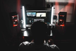 Jak przyspieszyć Adobe Premiere Pro
