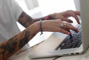 Jak przyspieszyć starego laptopa? Mini poradnik